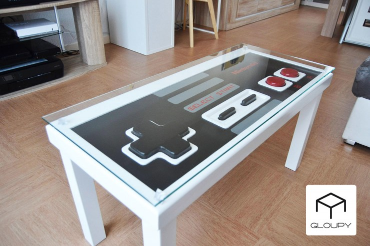 gloupy-table-basse-nes-controller